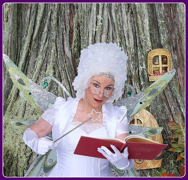 House_Fairy_next_to_tree-001