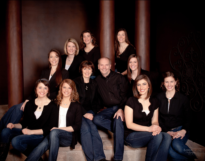 Brenda Lovell mom with 9 girls.jpg